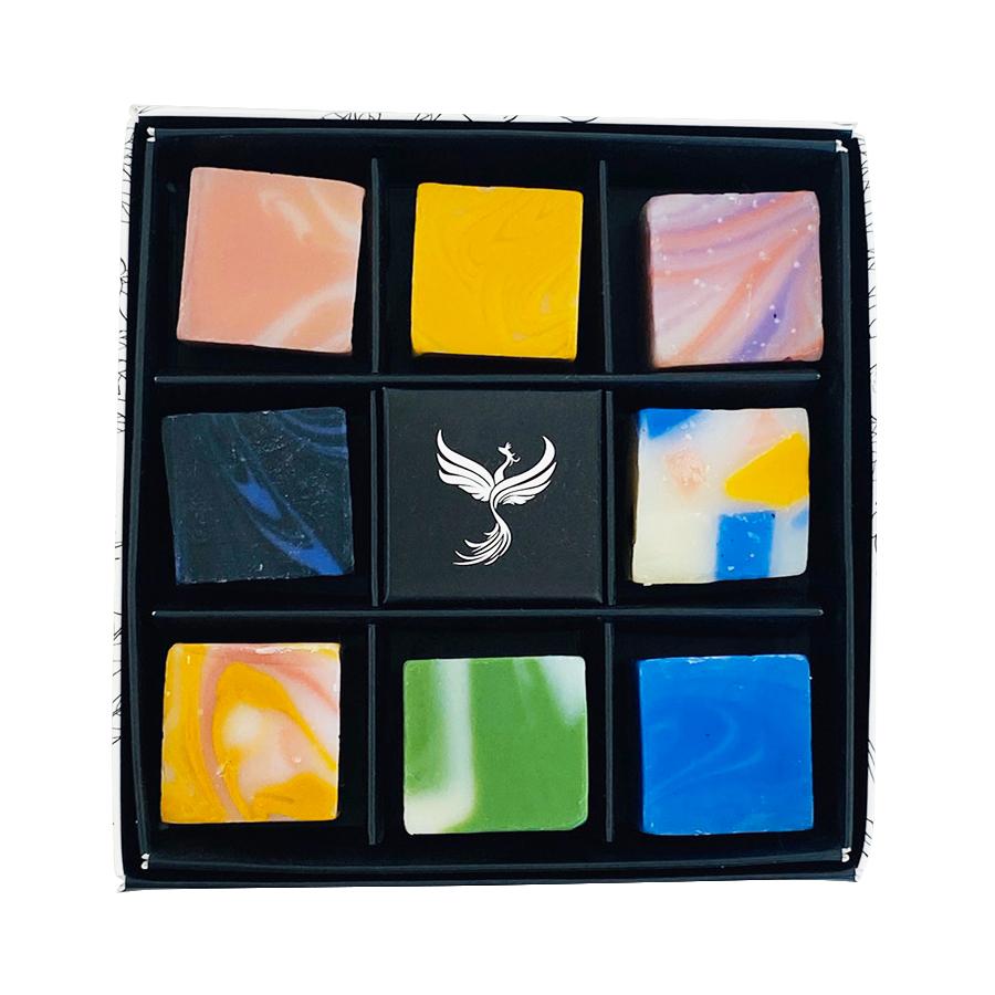 ボタニカルハンドメイドソープCUBE石鹸8つセット(キューブBOX付)